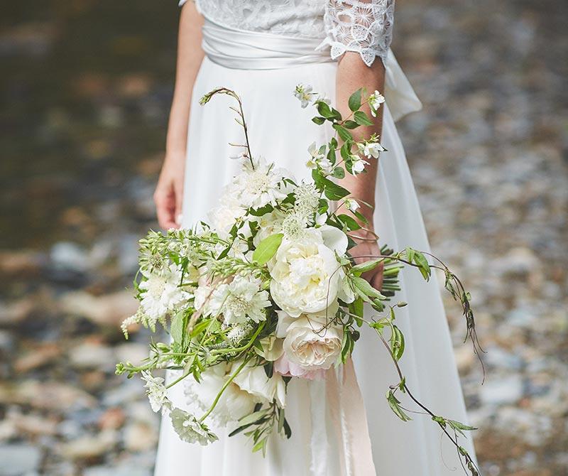Wedding-flowers-1-Dartmoor-flowers