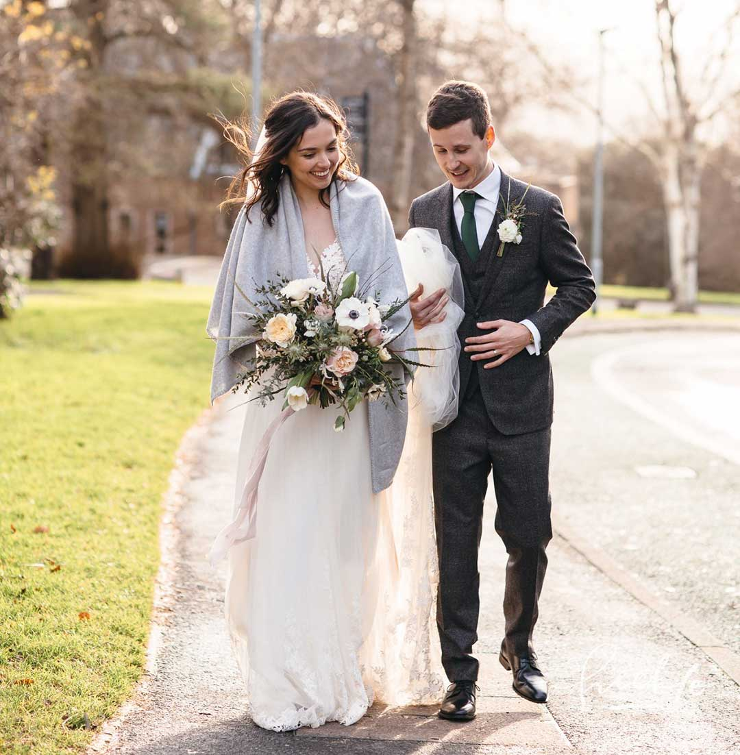 Winter wedding with bride and bridegroom
